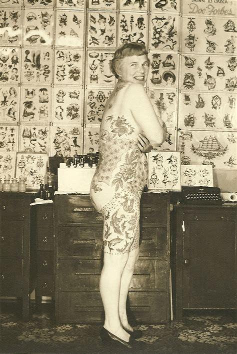a history of women and tattoo ubersuper a secret history of women and tattoo tattoo history and