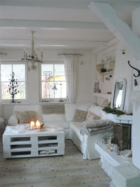 Diy Shabby Chic Decor by Ideas For Shabby Chic Coffee Tables Made With Recycled