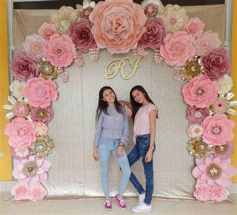 primera comunion blanco rosa viejo y lila como decorar una mesa curtains mesas as 237 quedo transformado este bello arco con flores dugorche en tonos rosa palo de rosa beige y