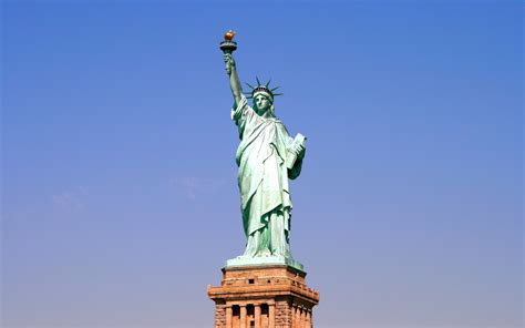 how do you that liberty statue is symbol statue of liberty the symbol of freedom traveldigg com
