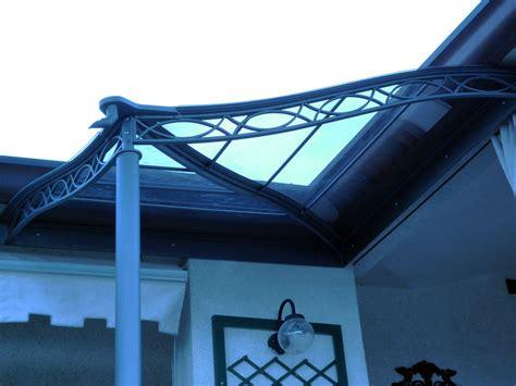 pensiline e tettoie in policarbonato realizzazione e installazione pensiline e tettoie ferarredo