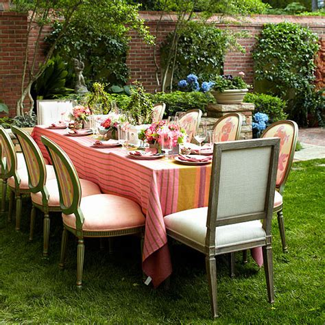 Garden Reception Ideas Pretty Ideas For Wedding Reception Venues From Better Homes And Gardens