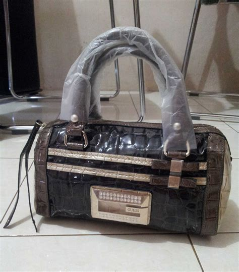 Guess Panjang Black contact us tas guess 100 original new jual tas