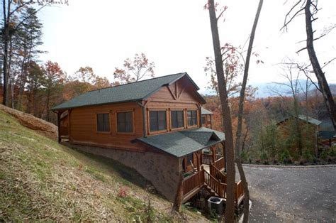 gatlinburg cabin mountain high 2 bedroom sleeps 10