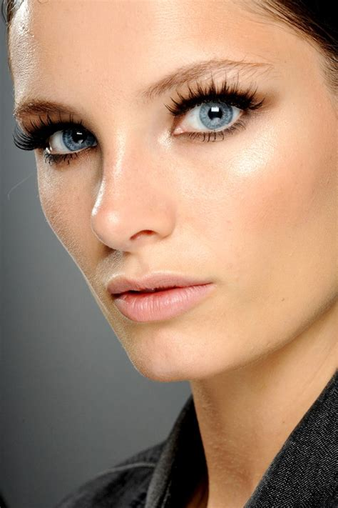 Summer 06 Makeup Trend Eyeliner by Summer 2013 Makeup Trends Fashion S On Vacation