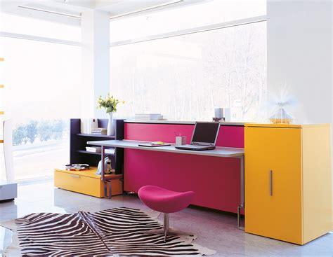 scrivanie da casa lavorare comodamente da casa ecco la scrivania quot giusta