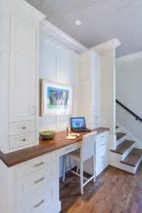 Small Kitchen Desk Best 25 Built In Desk Ideas On Home Desks Study Areas And Home Study Rooms