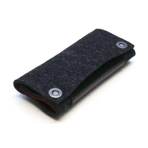 gadget cozies cozy gadget beds retro iphone ipod wallet