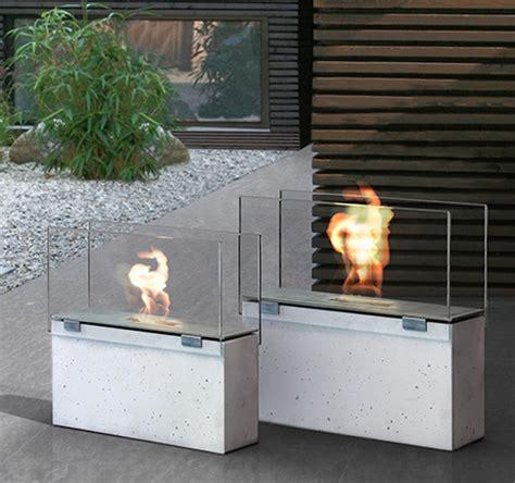 conmoto outdoor fireplace