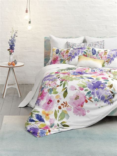 watercolor bedding 31 beautiful and romantic floral bedding sets digsdigs