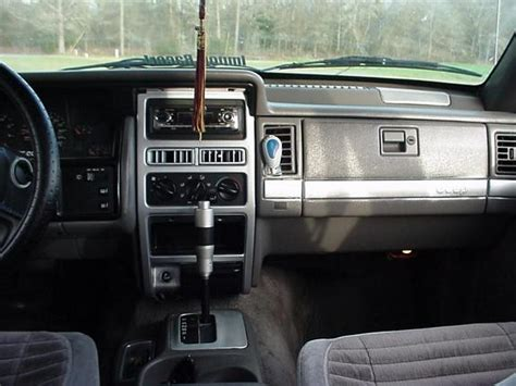 95 Jeep Interior by 1995 Jeep Grand Interior Pictures To Pin On