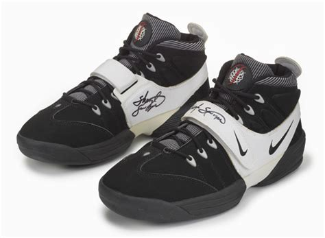 1996 nike basketball shoes 20 years of nike basketball design air swoopes 1996