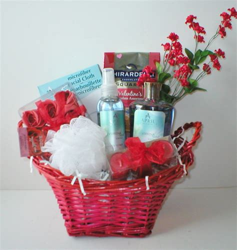 baskets for valentines day gift baskets ideas inspirationseek