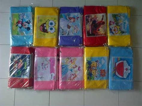 Tas Souvenir Goodie Bag Model Karakter Kepala Kartun 1 7 best images about goodie bag ransel vinil gendong serut