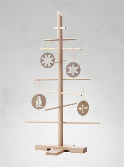 weinachtsbäume von weihnachtsmarkt aus holz filigrantrae weihnachtsbaum aus holz i holzdesignpur