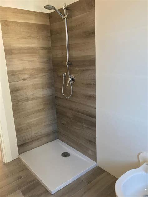 piastrelle bagno legno bagno in gres effetto legno e gres bianco 3d marazzi