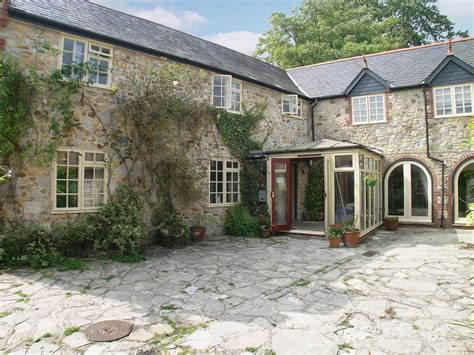 lyme regis cottages smallards lyme regis and lunch at the