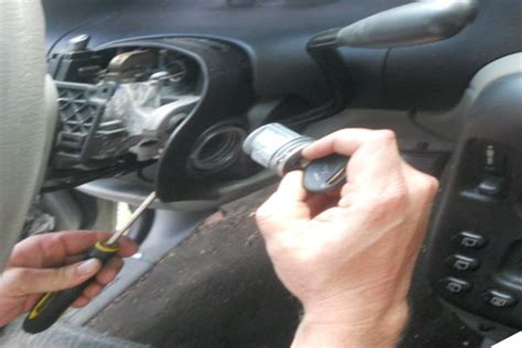 2004 dodge neon key replacement chrysler dodge jeep key sticking in ignition replacing an