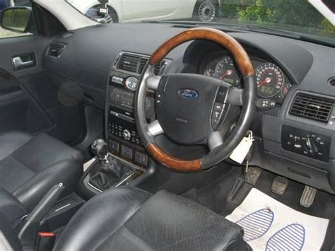 Ford Mondeo 2011 Interior by 2005 Ford Mondeo Interior Pictures Cargurus