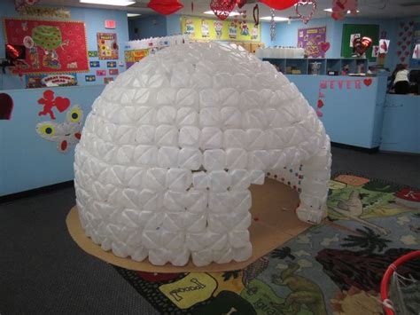 How To Make Igloo With Paper - 56 best images about penguin on milk jug