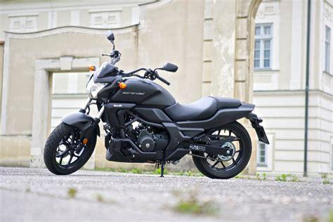 Motorrad 48 Ps Wie Schnell by Honda Ctx700n Und Nc750s Komplett Unkompliziert