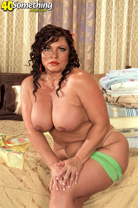 Bootylicious Old Latina Strips mature Xxx Pics