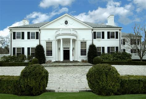 S House Greenwich by Name Brings Even More Attention To Greenwich Mansion