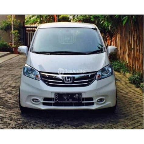 Tv Mobil Freed honda freed psd at tahun 2013 warna putih mobil cakep
