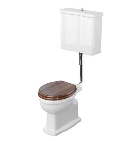 wc con cassetta wc in ceramica con cassetta esterna 841 wc con