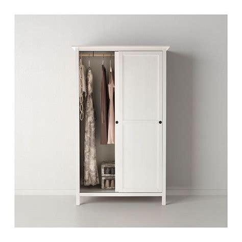 hemnes armoire hemnes armoire 2 portes coulissantes ikea en bois massif