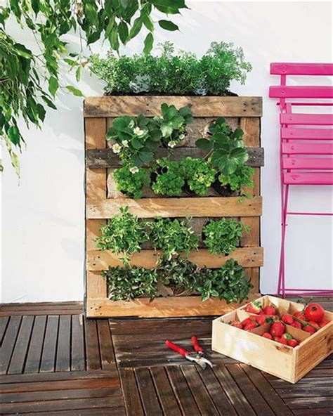 How To Build A Vertical Pallet Garden 10 Wood Pallet Vertical Garden On Your Wall Pallets Designs