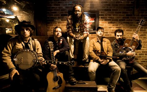 theme song justified about gangstagrass