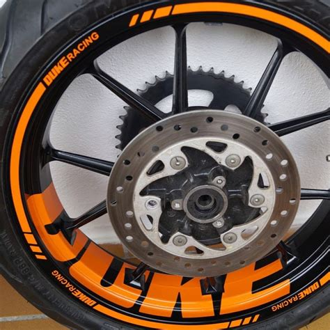 Ktm Duke Aufkleber Anbringen by Wheel Sticker De Youtube