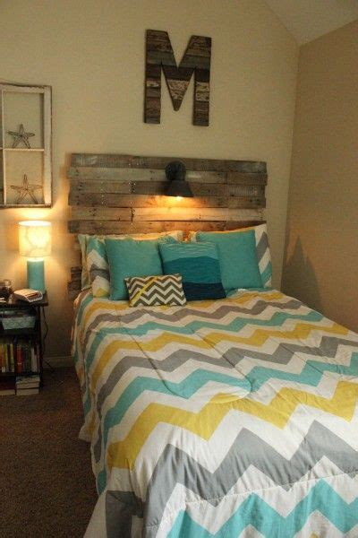 unique headboards ideas 2014 future home decor pinterest pallet ideas for headboards diy pallet headboard via we