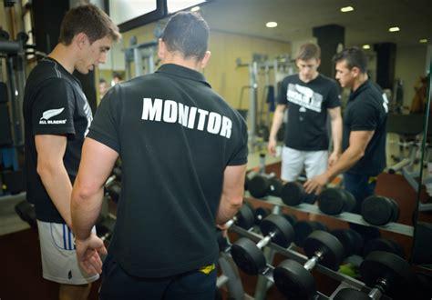 entrenamiento personal trx gonna fitness center becerril entrenamiento para conseguir una musculatura equilibrada gonna fitness center becerril