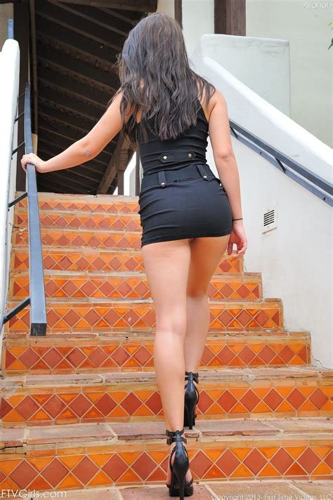 Going Mini by Mini To The Max Great Legs But Going Up Those Legs Wouldn