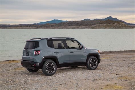 jeep boss mike manley 2015 jeep renegade trailhawk rear three quarterse 02 photo 6