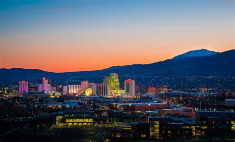 reno nevada light chaser travel junkie addicted to my
