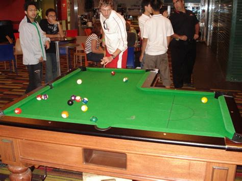 Pool Table L by Top 3 Most Ridiculously Impressive Pool Table
