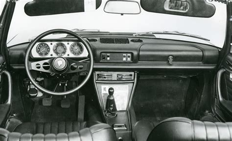 Image Gallery Peugeot 504 Interior