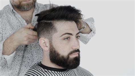 model potongan rambut  cocok  rambut tebal