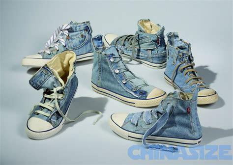 Sepatu Santai Levis mencoba jadi penjual sepatu bahan levis