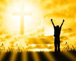 happy priest triduum   days leading  easter easter lent news easter lent