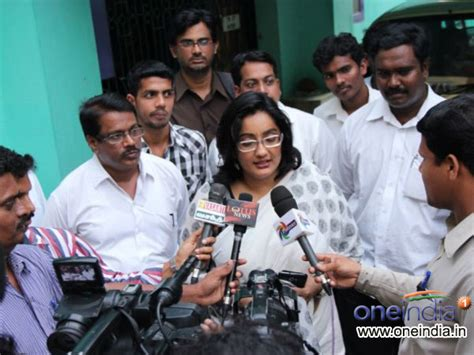 malayalam film narasimham actress name kanaka fake death press meet alive devdas