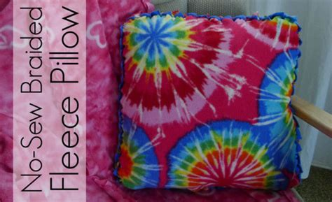 No Sew Fleece Pillow Directions by 47 Easy Diys To Make A No Sew Pillow Guide Patterns