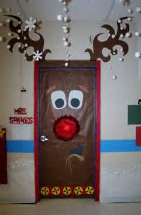 door decorations 25 best ideas about christmas door decorations on