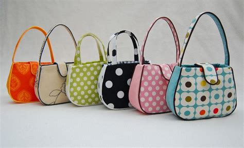 pattern for tote bag with gusset make a bag ch 9 gusseted tote bags bags and more bags