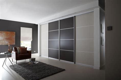Sliding Wardrobe Doors With Tv by 2 Door Sliding Wardrobe Single Panel Doors