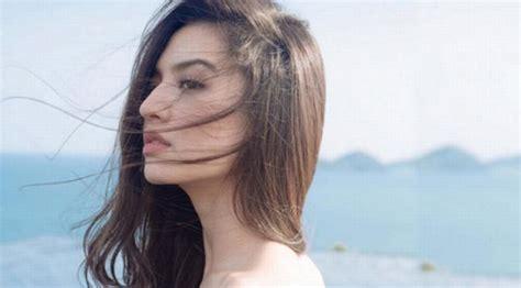 film baru raline shah mengejutkan aktris raline shah menjabat direktur baru air