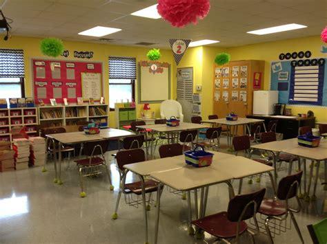 classroom layout fifth grade life in fifth grade teacher week meet my classroom